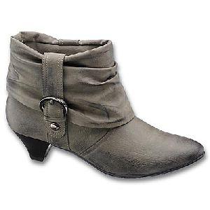 83ea4c78f Čižmy a zimná obuv? Skúste tento rok Deichmann — Módne Trendy